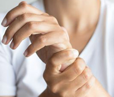 5 Non-Surgical Treatment Options for Carpal Tunnel Syndrome